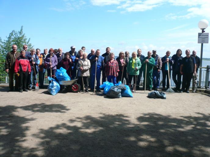 Die stolze Subbotnik-Gruppe am Ende der Veranstaltung